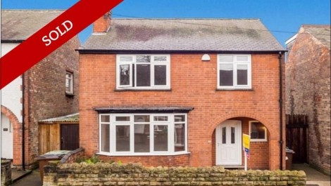 3 bedroom detached family home conveniently located and recently refurbished.